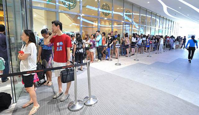 queue-in-singapore