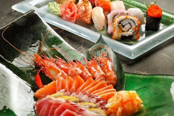 Sushi, Prawns, Salmon at the Orchard Cafe, Orchard Hotel Singapore - SingSaver