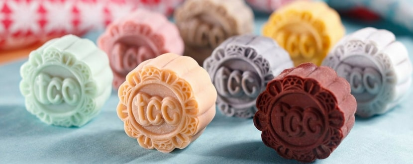 8 colorful mooncakes