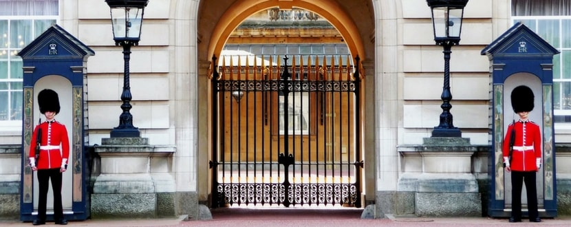 buckingham palace guards supported by tax dollars