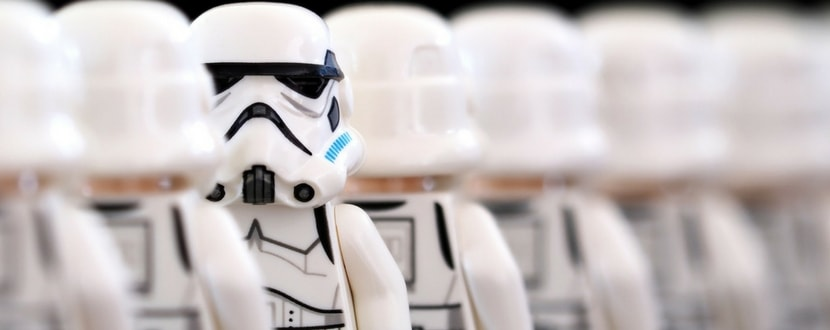 lego-stormtroopers-min