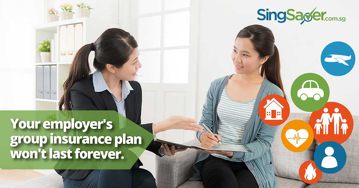 Agent advising insurance plan to client - SingSaver
