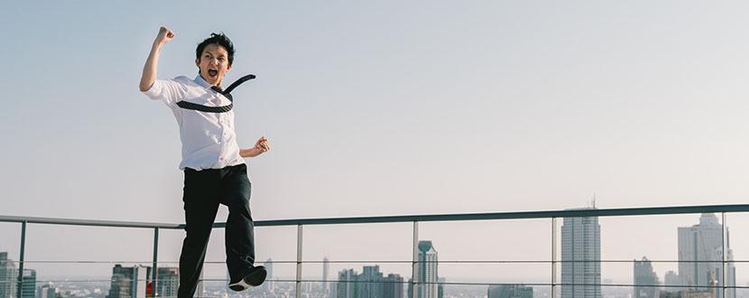 Man jumping of joy -SingSaver