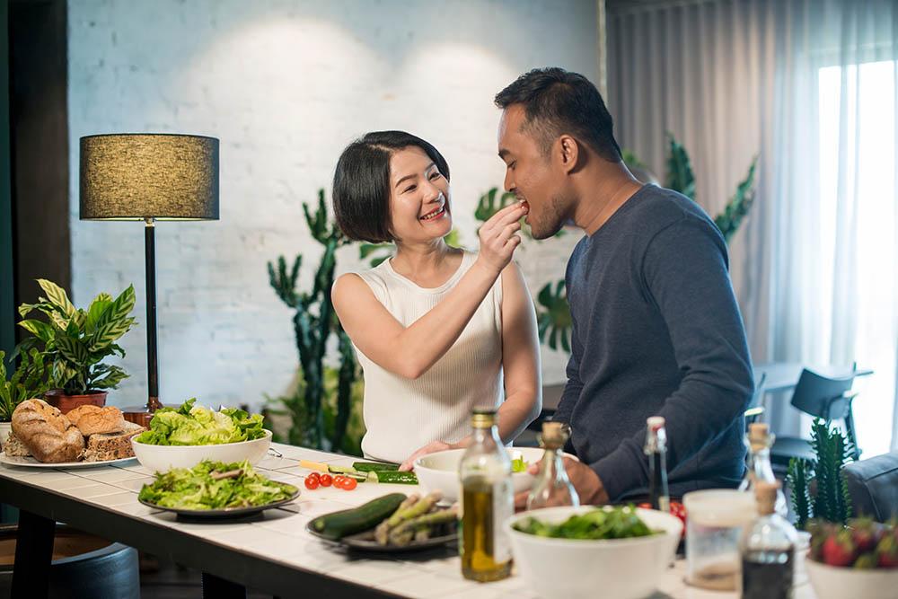 Valentine's Day Dinner at Home | SingSaver
