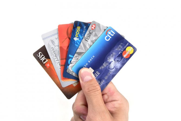 5 Things to Know When Graduating From Debit to Credit Cards | SingSaver