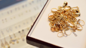 What Pawnbrokers Are, And When To Use Them To Get Cash