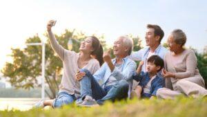 SingapoRediscovers Vouchers: Elder-friendly Tours